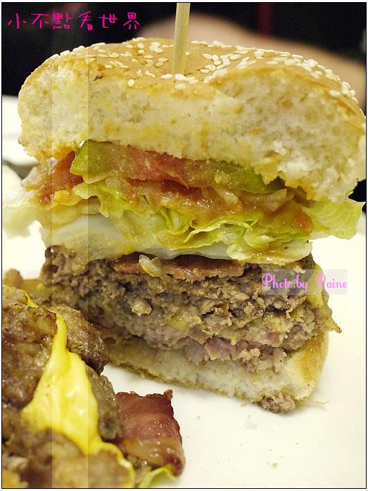 中原Champ Burger 27.JPG