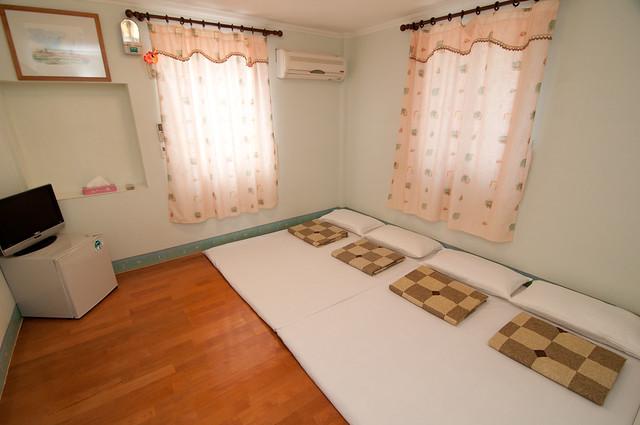 和室四人房