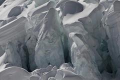 Obers Ischmeer - Oberes Eismeer ( Gletscher - Glacier => Teil des Grindelwald - Fieschergletscher ) mit Seracs und Gletscherspalten - Spalten in den Alpen - Alps im Berner Oberland im Kanton Bern in der Schweiz (chrchr_75) Tags: hurni christoph schweiz suisse switzerland svizzera suissa swiss kanton bern berne berna bärn kantonbern station eismeer jungfraubahn jungfraujoch top europe gletscher glacier alpen alps berge mountains natur nature landschaft landscape eis ice schnee snow neige aussicht view chrchr chrchr75 chrigu chriguhurni 1104 april 2011 chrig jäätikkövaellus παγετώνασ 氷河 glaciar wasser water bumgletscherglacier albumgletscherglacier obers ischmeer oberes chriguhurnibluemailch april2011 albumzzz201104april hurni110409 grindelwald fieschergletscher berner oberland