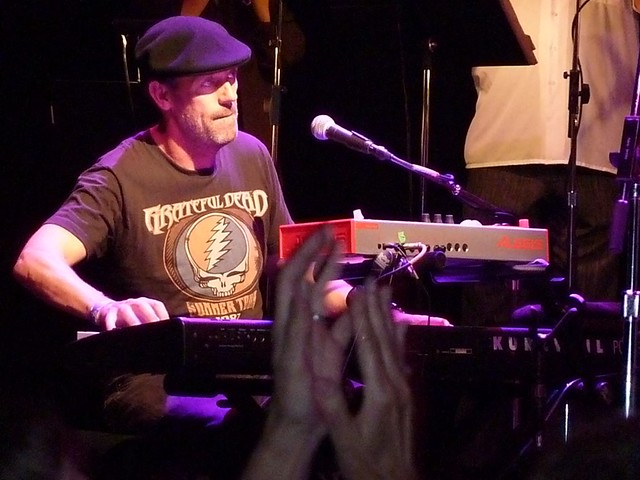 Hugh Laurie at The Vic Chicago by barbara barnett