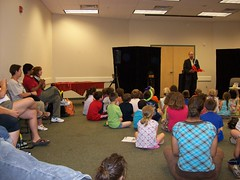 ys-srp-kick-off 001 (eg_library) Tags: magician summerreadingprogram eastgreenbushlibrary jimsnack