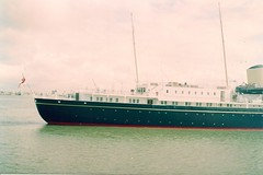 fam 1992 09 12 Brittania Portsmouth (robsue888) Tags: boats hampshire portsmouth brittania dateestimated