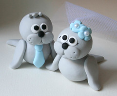 Seal Wedding Cake Topper (fliepsiebieps1) Tags: cute handmade polymerclay seal custom whimsical zeehond weddingcaketopper taarttopper