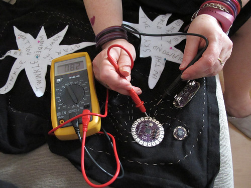 Testing resistance with a multimeter
