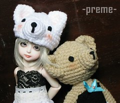 2b7 (premepremepreme) Tags: gaby bjd customhouse crochetdolls