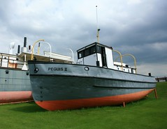 Peguis (Cindy's Here) Tags: old canada canon boat marine manitoba retired selkirk marinemuseum peguis