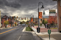 Changing Lights (shsober) Tags: street trafficlights clouds downtown day cloudy scene shenandoah redlight shenandoahvalley streetscape woodstockva 100commentgroup tripleniceshot