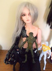 """You take the one-armed giant, I'll take the alien"" (jSarie) Tags: silly toys dolls action alien bjd pointless apollo figures timewasting balljointed theauthority bjds midnighter abdj loongsoul"