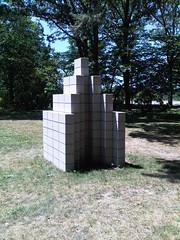 Sol LeWitt - Concrete Block Structure