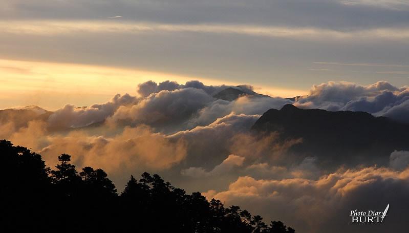 翻湧的雲海
