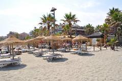 Restaurante Mistral Beach - Marbella (Pablo Monteagudo) Tags: chiringuito restaurantes puertobanus marbella chillout beachclub hamacas tumbonas arroces deportesnuticos mistralbeach cocinamediterrnea