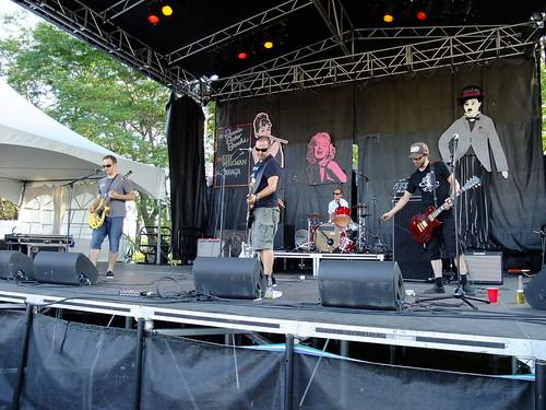 Garaga at Ottawa Bluesfest 2010