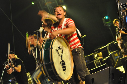 Gogol Bordello by Pirlouiiiit 15072010