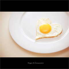 (Explored) (Ziyan | Photography) Tags: food white yellow canon dish heart egg explore canon5d     ziyan  explored canonef24105mmf4lisusm scrambleegg