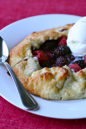 Berry Crostatas