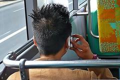 2 - 1er août 2010 Créteil Dans le bus 104 (melina1965) Tags: leica bus hair lumix hands îledefrance hand phone main créteil august panasonic gesture mains phones hairs 2010 août gestures cheveux téléphone valdemarne geste téléphones maisonsalfort cheveu gestes fx10 clickdemomentos