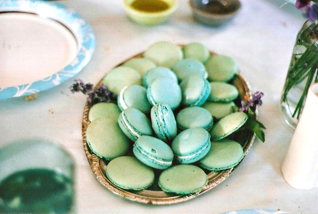Desser - Champagne Macarons from Pix!