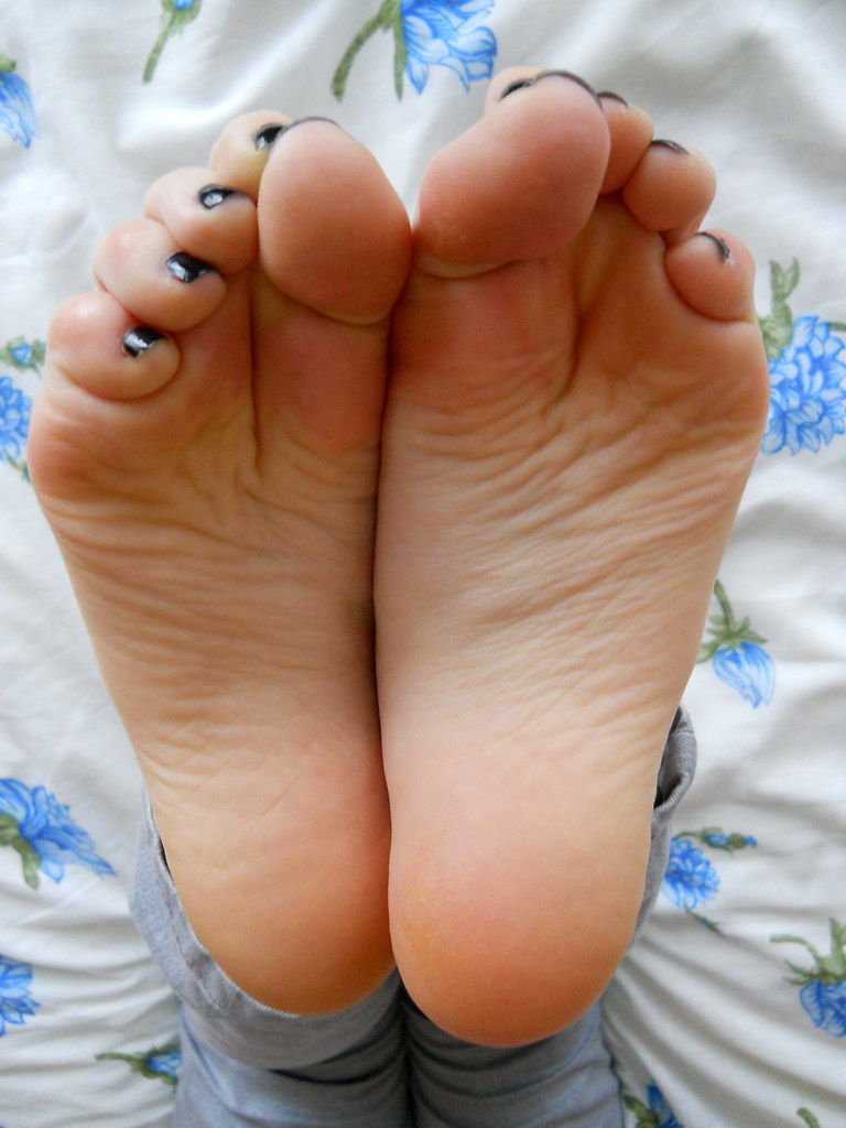 The Worlds Most Recently Posted Photos By Artistic Feet -3730