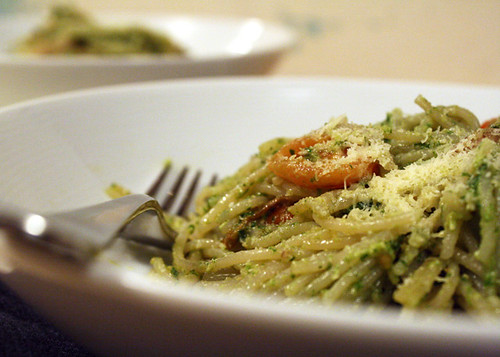 Gluten Free Scallywag_Chicken N Rocket Walnut Pesto Pasta_Close Up