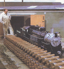 Dobwalls Forest Railway 1971 - 'General Palmer' is delivered with David Curwen standing by (trainsandstuff) Tags: cornwall railway dobwalls forestrailway forestrailroad dobwallsforestrailroad dobwallsforestrailway forestrailwayforest railroadcornwallsteamrailwaytrainminiature dobwallsadventurepark