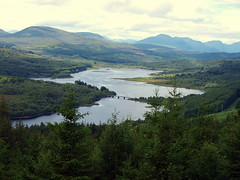 Loch Garry (swiftymags) Tags: trees mountains water clouds scotland countryside lochs lochgarry