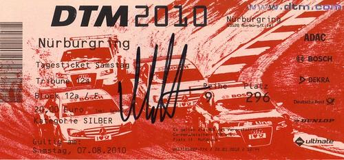 DTM_Nürburgring_2010-08-07_-_Autogramm_Ekström