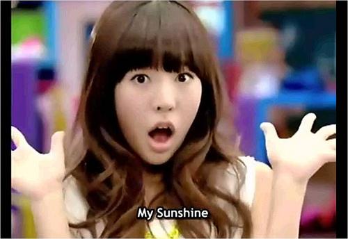 girls generation yuri profile. Girls Generation Sunny Gee.