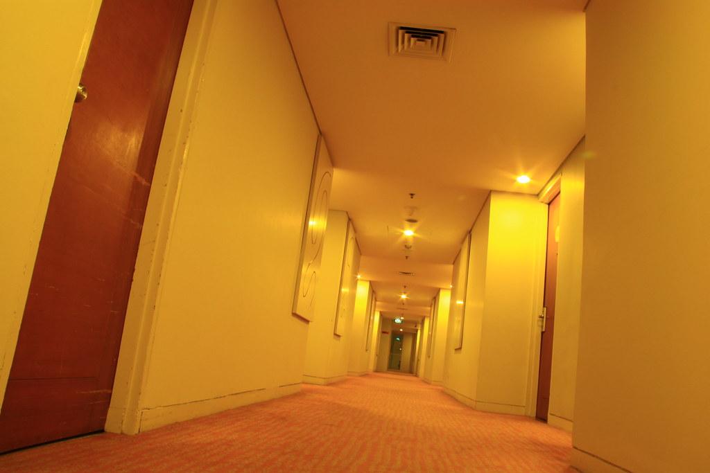Hotels Corridor