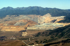 Salt Lake Mine (romamar76) Tags: airplane utah mine aerial saltlakecity copper enormous openpit binghamcanyonmine kennecottcoppermine