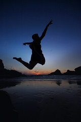 Jump for Joy (blinkingidiot) Tags: blue boy sunset sea sky reflection beach silhouette happy for freedom evening coast seaside jump jumping cornwall dusk spirit north joy steps free reach leap leaping goodtimes lastlight cornish bedruthan bedruthansteps jumpforjoy cornishcoast northcornishcoast