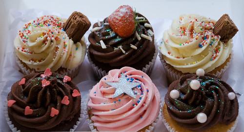 Birthday Cupcake Gift Box for Luigi's Girlfriend