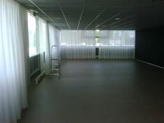 gordijnen hangen (d-Tail Company) Tags: company pieter zaandam nieuwe huisvesting dtail 24g ghijsenlaan