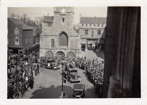 Abingdon, Oxfordshire. St Nicholas Church and Abbey gate. 1940s.