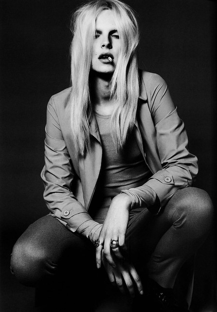 Andrej Pejic0107_Vogue Paris 2010 09(Gabor@TFS)