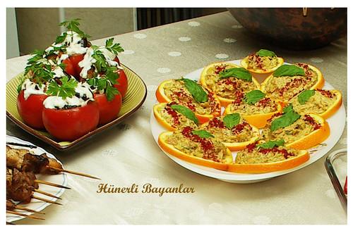 Portakal Diliminde Kabaklı Salata - Domates Çanağında Patlıcan Kızartması