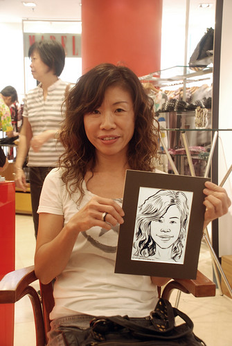 Portrait live sketching for Marella boutique - 13