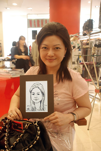 Portrait live sketching for Marella boutique - 4