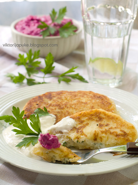 Potato pie with feta