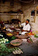 Streets of Pakistan - Vegetable seller (ShaukatNiazi) Tags: street old city pakistan colors d50 photography nikon photowalk ramadan rawalpindi ppa shaukat niazi