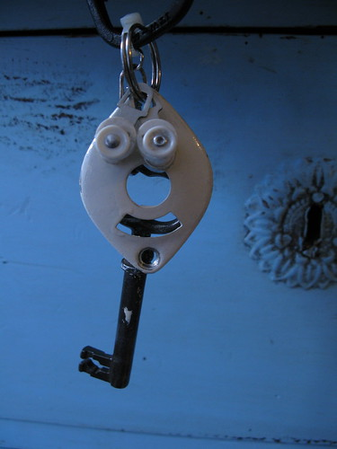 key chain man
