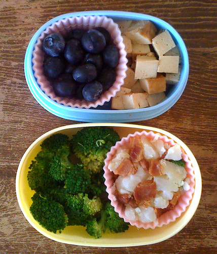 Toddler Bento #85: January 25, 2011