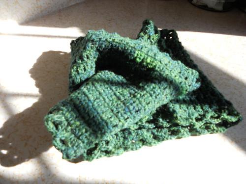 2011.Blue.Handspun.Cannelle.Cowl.003