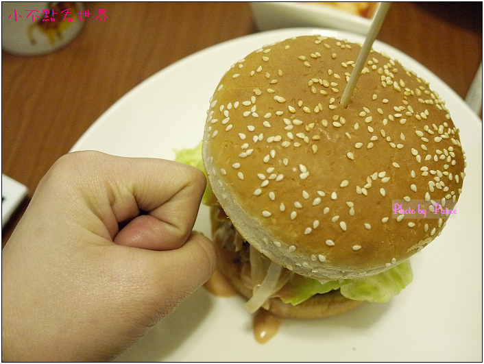 中原Champ Burger 21.JPG
