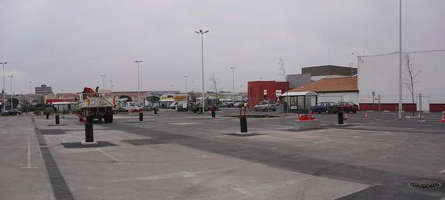 Parkingsupermarché1