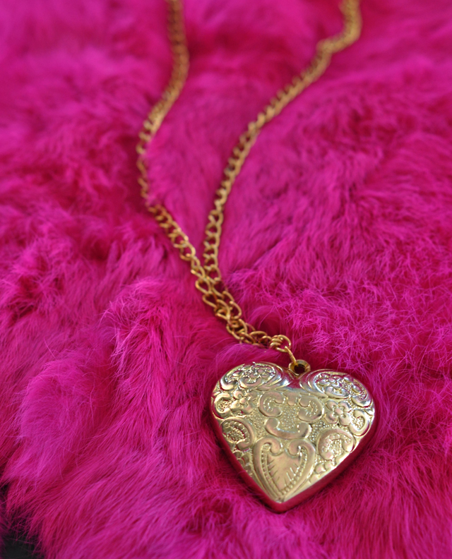 heart pendant, gold heart, heart necklace, DIY heart necklaceDSC_0190