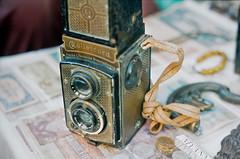 Rolleicord (Xiangk) Tags: camera film zeiss 35mm reflex focus minolta market yangon burma twin carl myanmar manual flea 1920 rangoon 1930 rolleicord