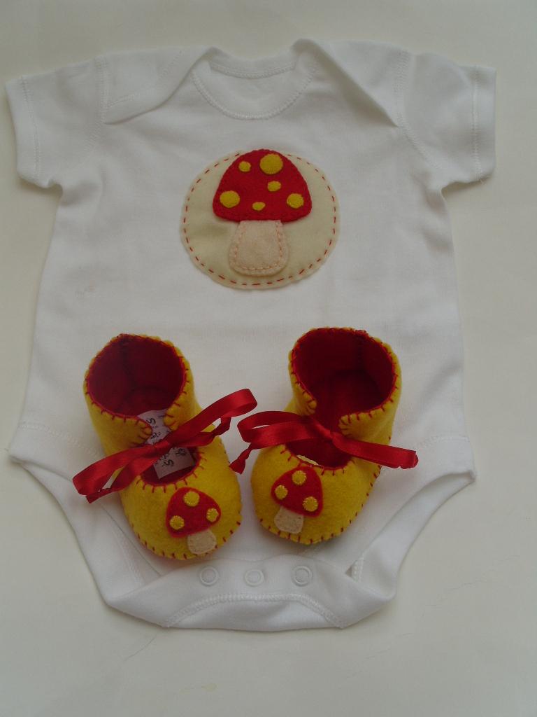 gnomes baby gift set
