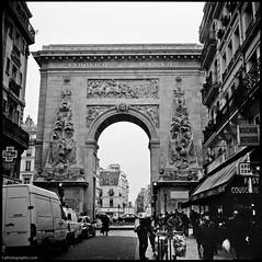 Paris-116 (T. Scott Carlisle) Tags: blackandwhite bw paris france film mamiya6 tsc 75mm tphotographiccom tscottcarlisle