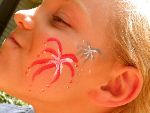 How To: Fourth of July Face Painting blog image 1