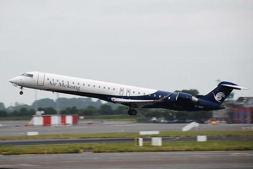 EI-DUX CRJ-900 Air Mekong